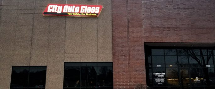 City Auto Glass' Crystal location offers auto glass repair and replacement services